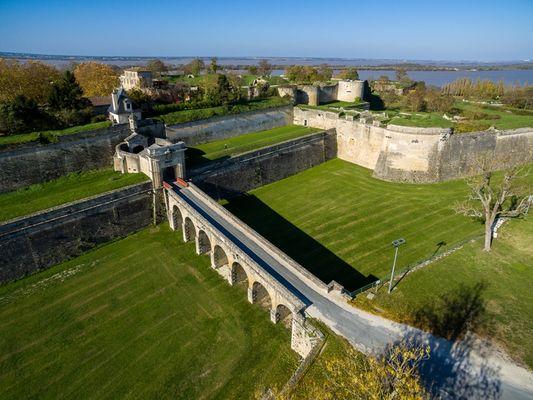 citadelle-Blaye-UNESCO-porte-royale-800x600
