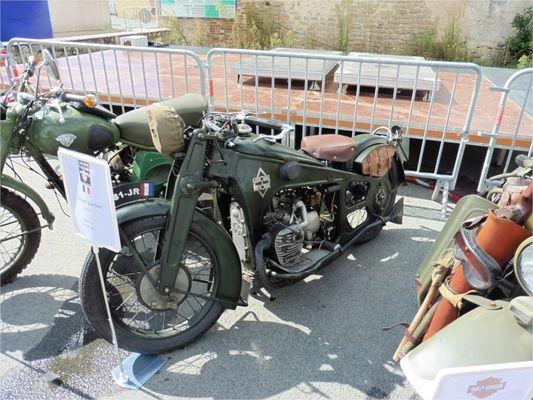Exposition-de-motos-anciennes-a-la-Tranche-sur-Mer--Asphalte-85---Mozilla-Firefox