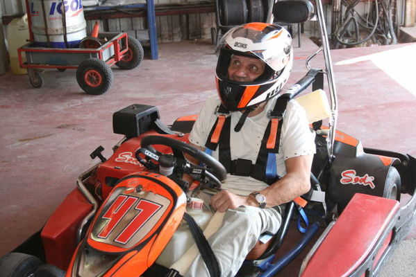 famille-karting-grands-parents-la-jonchere