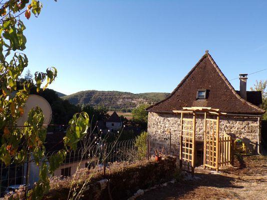 Le haut de la maison de Zélie, jardin en terrasse