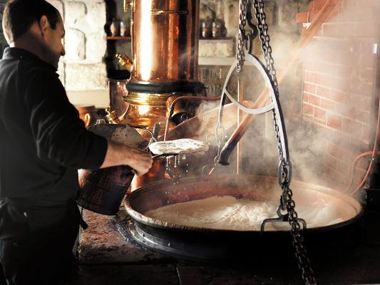 77_ST1 distillerie denoix _brive