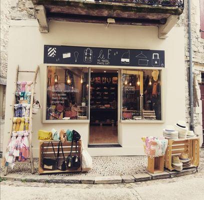 8--boutique-Le-F---Martel