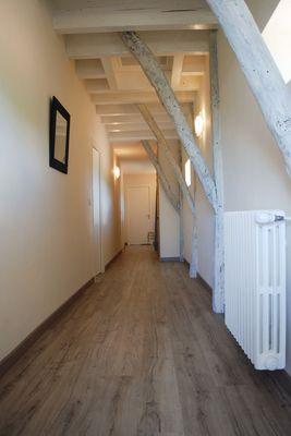 hall de nuit à l'étage