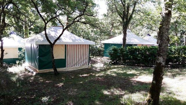 04 camping au bois dormant