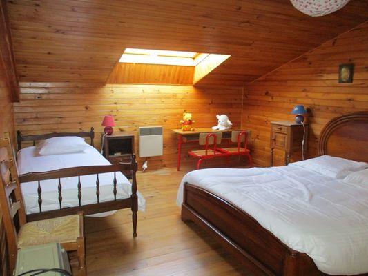 Chambre 3 - 1 lit en 140 et 1 lit 90