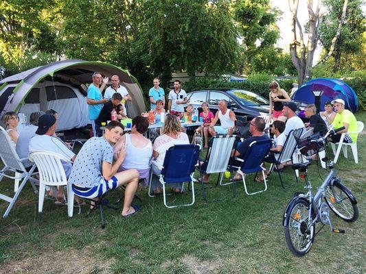 Camping la Sole_Puybrun_apero