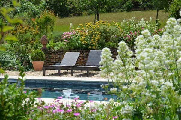 Gîte Durocher-St Denis les Martel-piscine