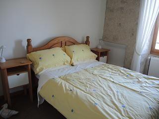 25 chambre jaune 2485