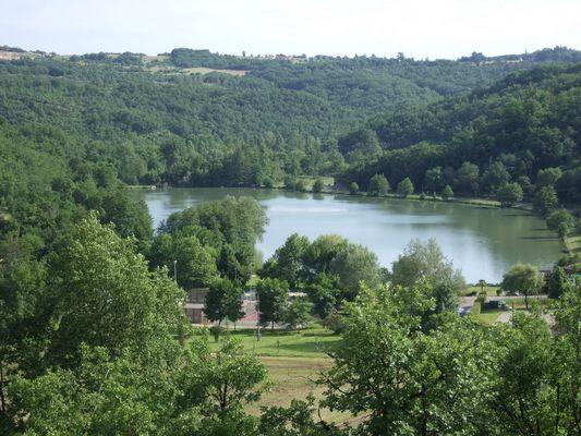 Le Lac Vert Catus