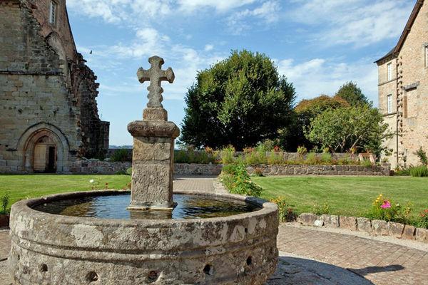 AbbayeAubazine-fontaine