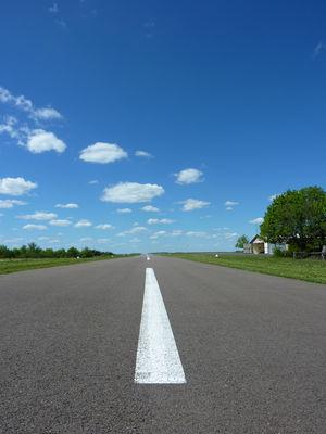 Aérodrome de Lacave - Piste d'atterrissage_17 © Lot Tourisme - C. Sanchez