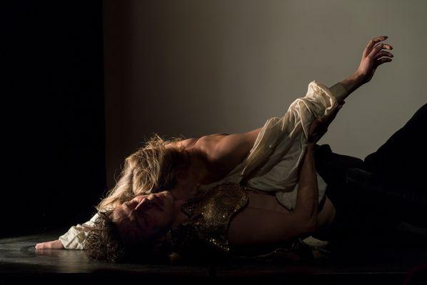 Andromaque Valentin Fruitier Emilie Delbée - c Emmanuel Orain@FestivalTheatre Figeac