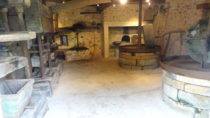 Atelier Moulin des Fumades Guide 2016 LOI