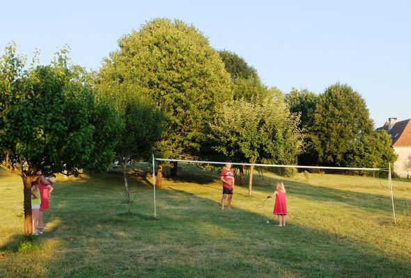 Au terrain de badminton