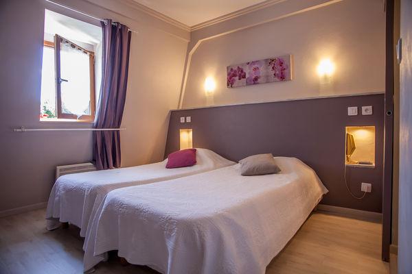 Auberge de Lile-creysse - Chambre (2)