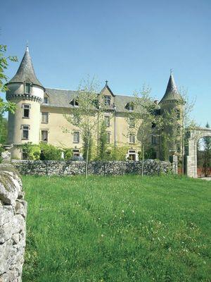 BESSONIES-Château