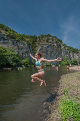 Baignade dans la Dordogne à Gluges_03 © Lot Tourisme - C. ORY