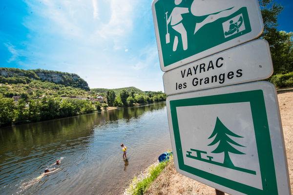 Baignade dans la Dordogne à Vayrac_04 © Lot Tourisme - C. ORY