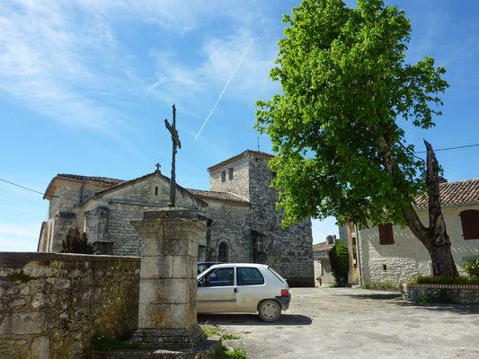 Boisse - Place de l'Eglise