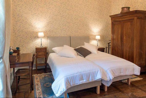 CAZALS - Domaine de Vielcastel - Chambre Compostelle