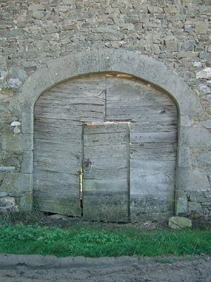 Bessonies - Porte Château des Bessonies