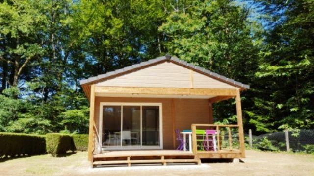 Camping-Municipal-la-Croix-de-Brunal-St-Martin-la-Meanne-Bungalow