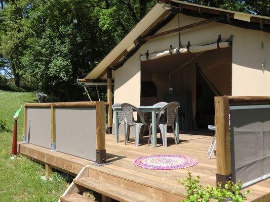Camping Le Paradis - Toile à camper