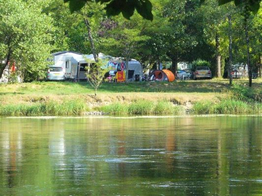 Camping-Le saulou-vue Dordogne