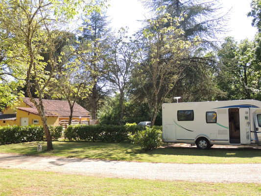 Camping la Chêneraie - Vers_04 © La Chêneraie