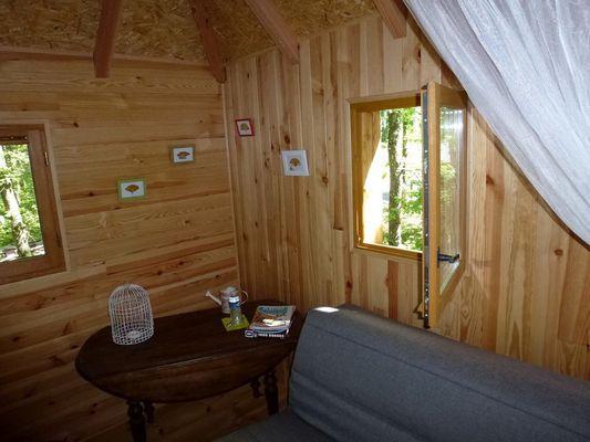 CabanesSilvae-Camps_cabaneCerfSalon