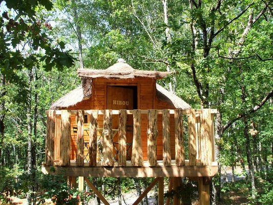 CabanesSilvae-Camps_cabaneHibou