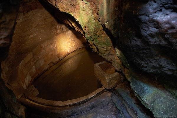 Capdenac - Fontaine Romaine de Capdenac