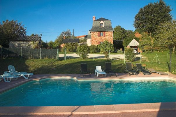 ChHotes-LePreCollonges-NOAILAHC_piscine