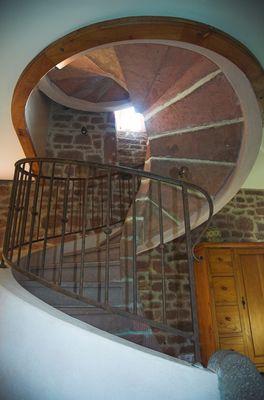 ChHotes-LePreCollonges-NOAILHAC_escalier