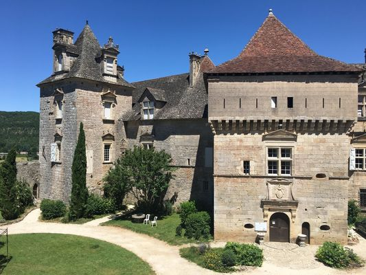 Chateau Cenevieres
