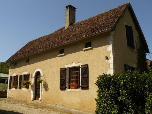 ChateauLacomté_Gite