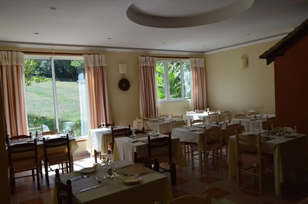 ChateauLacomté_Restaurant