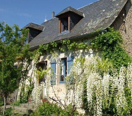 Chambre d'hôtes Espace champêtre-Facade-sans-logo retouch