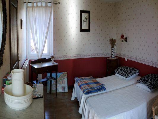 Chambres d'Hôtes Chez Mathieu - Chambre Rouge