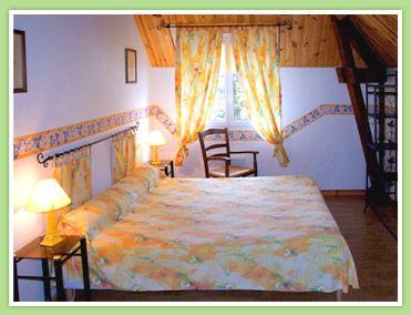 Chambres d'hôtes-Bout du Roc-Safranée