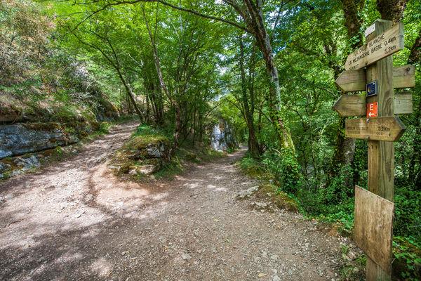 Chemin de randonnées près du Moulin du Saut © Lot Tourisme - C. ORY