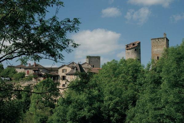 Cardaillac : Vue du Village de Cardaillac et de son Fort