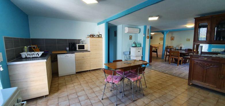 Domaine La Calprade - Le Corquelin - cuisine et salon