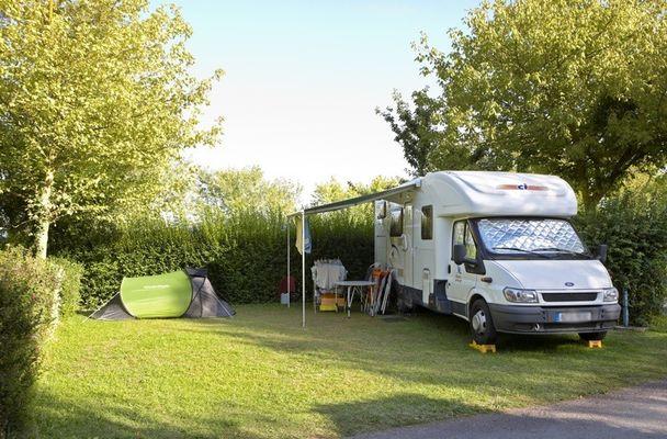 Domaine du Lac de Feyt - Servieres le Chateau - Emplacement Camping (0)