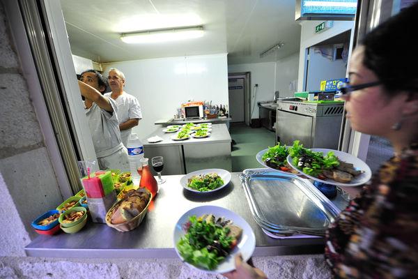 En cuisine - Ferme-Auberge de la Veillée Gourmande_11 © Lot Tourisme - C. ORY