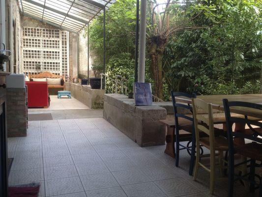 Gîte d'étape du Gua-Figeac-Terrasse2