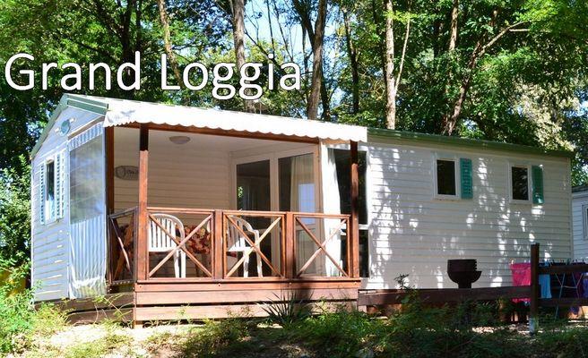 Grand-loggia-camping-les-chalets-sur-la-Dordogne