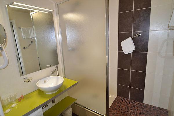 HDF. salle d bain 050