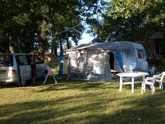 Camping Les Chênes Clairs
