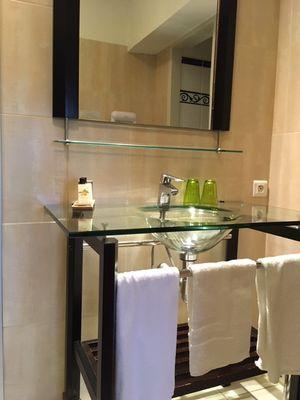 Hotel-Les-Vieilles-Tours-ROCAMADOUR-Chambre-double--2--2